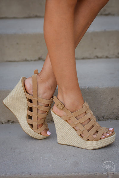 CHINESE LAUNDRY Believe Me Wedges - Camel