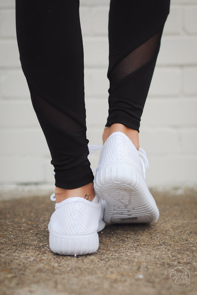 Extra Mile Mesh Sneakers - White