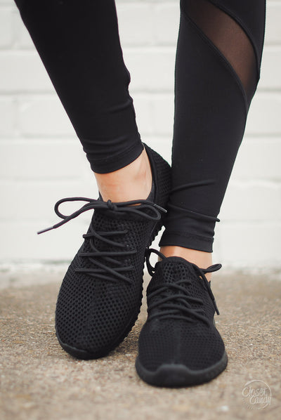 Extra Mile Mesh Sneakers - Black
