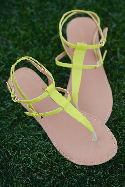 Summer Getaway Neon Sandals - Lemon Lime