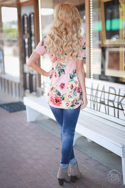 Closet Candy Boutique - cute casual v-neck floral top with short sleeves, spring and summer style, back