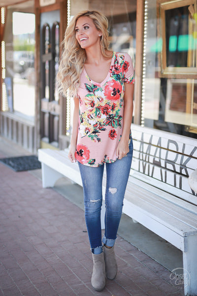 Closet Candy Boutique - cute casual v-neck floral top with short sleeves, spring and summer style, front