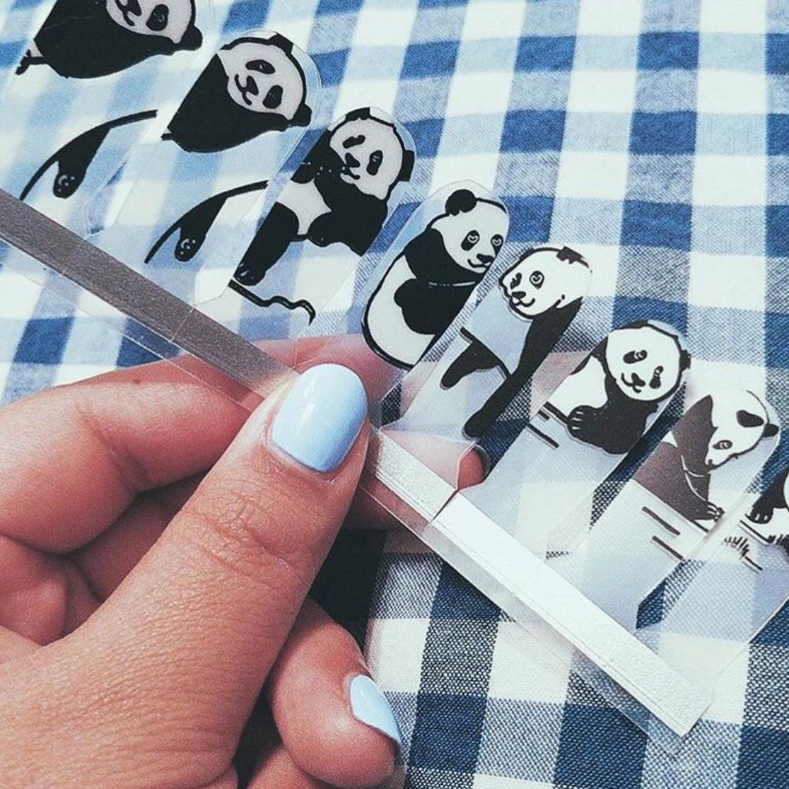 Lazy Pandas - nail wraps - Scratch - 4