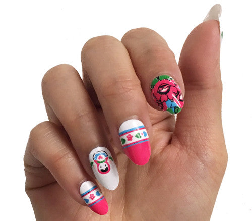 Little Dolls - nail wraps - Scratch - 1