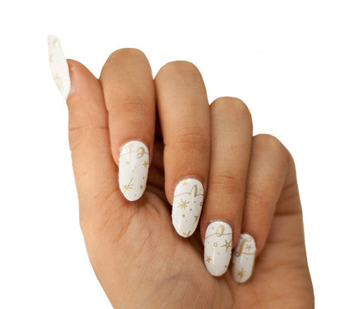 Love and Cheer - Nail Wrap - Scratch - 1