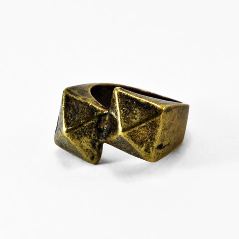 Double Pyramid Stud Ring