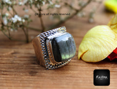 Labradorite Ring, 925 Sterling Silver Gemstone Ring