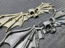 Load image into Gallery viewer, Skull and Wings ornament (resin)