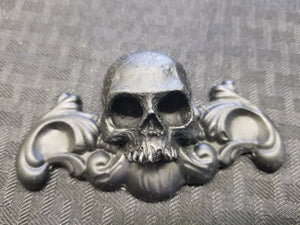 Skull  ornament mini (resin)