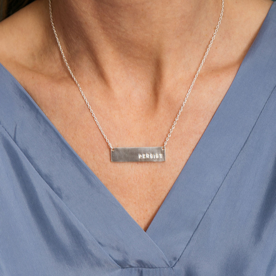 Short Bar Persist Necklace