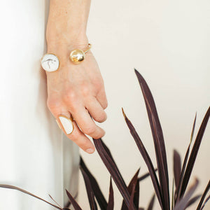 Wearable art and wedding jewelry for the modern minimalist.