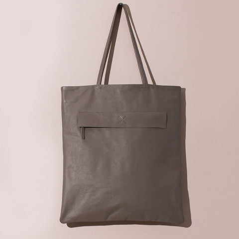 Leather Magazine Tote | Fawn