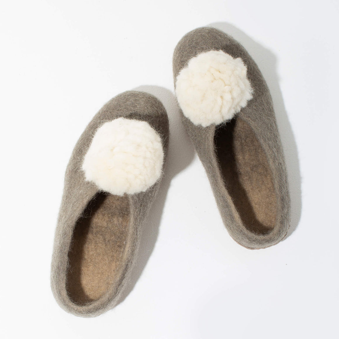 MULXIPLY Pom Pom Felt Slippers - Light Grey + White