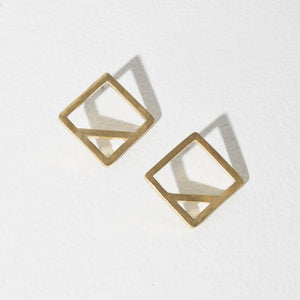 Wink Square Earrings - Brass