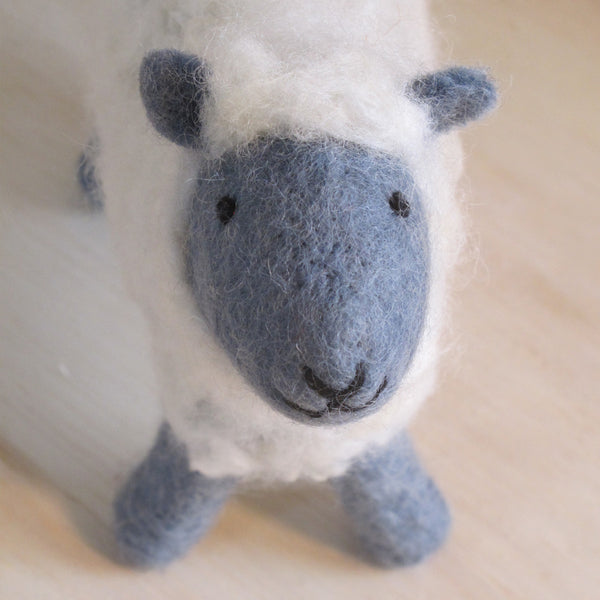 Handfelted Small Sheep - Grey