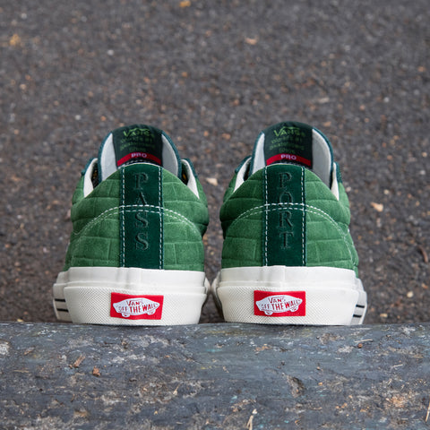 "VANS & PASS~PORT ""SID PRO"" SHOE DARK GREEN"