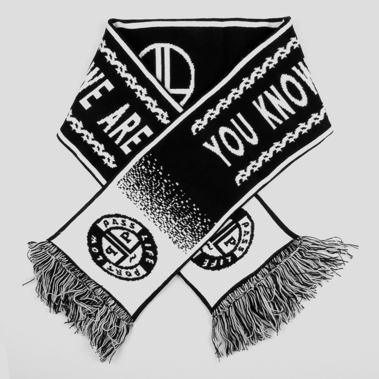 "PASS~PORT LOW LIFE ""L.L.F.C"" SCARF BLACK/WHITE"