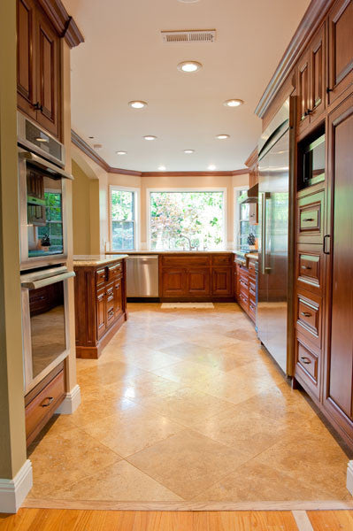 Classic style kitchen