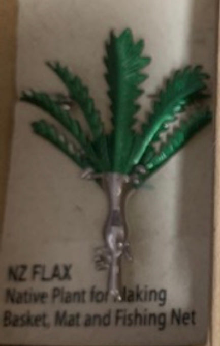 Green NZ Flax Brooch