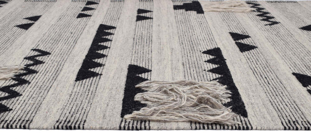 Caldera Natural Wool Handwoven Panja Dhurry Carpet 7.5 x 5