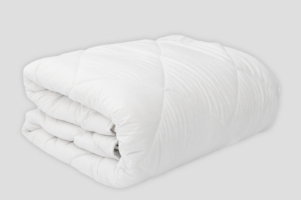 ALL-WEATHER COMFORTER