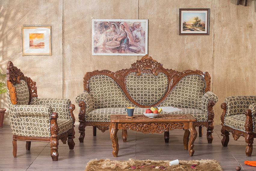 Elegant Solid Wood Czar Carved Sofa Set