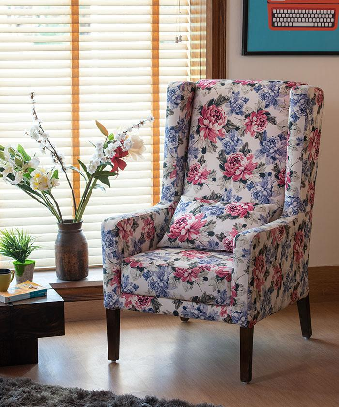 Europea March Wing Chair
