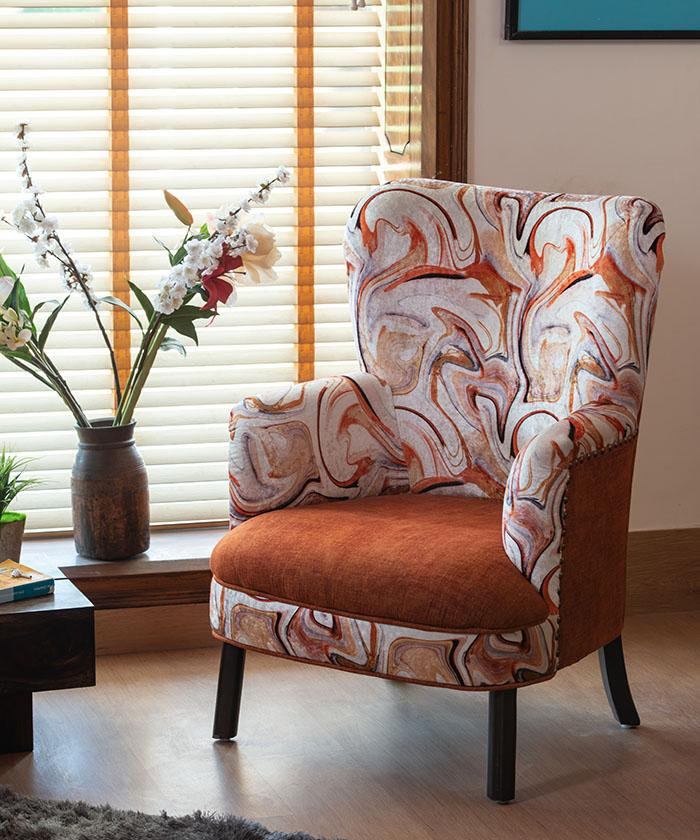 Set of 2 Europea Hare Wing Chairs