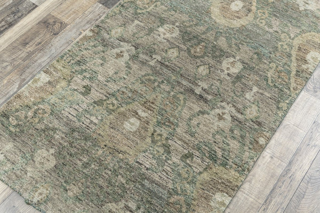 Luxury - Valentia Green New Zealand Wool Hand Knotted Premium Carpet