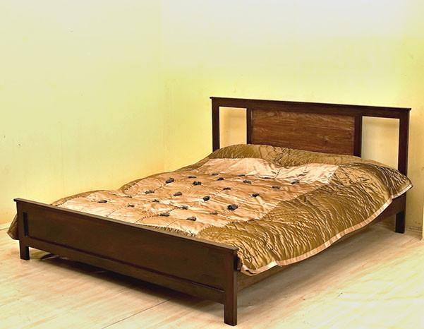 T Contrast Bed