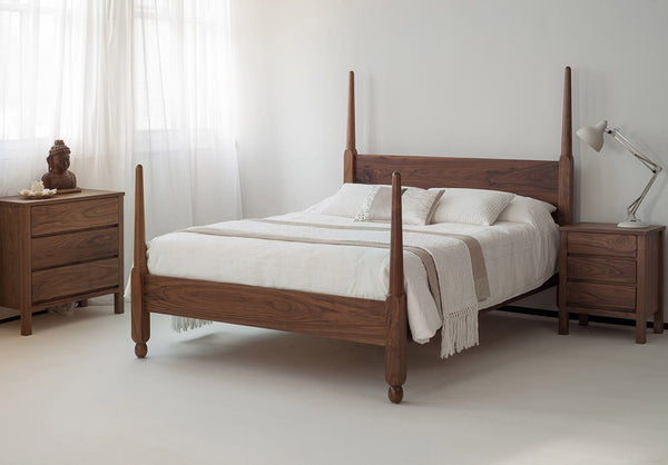 Solid Wood Poster Bed Eva