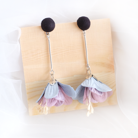 Flower Drop Earrings (Black) (Backorder)