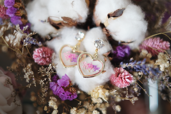 Customise-Your-Own Dried Floral Earring