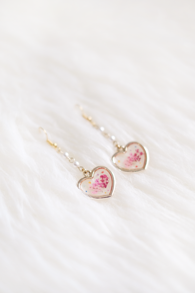 Aria Dried Floral Earring (Blushing Pink)