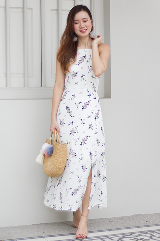 Jerie Floral Maxi Dress (White)