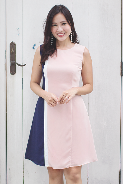 Jeanlle Colourblock Dress (Blush Navy)