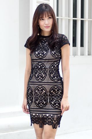 Saralle Crochet Dress (Black)
