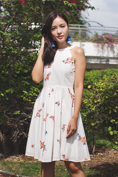 Willanne Embroidery Dress (White)