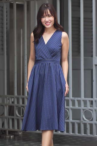 Madalen Stripe Dress (Navy)