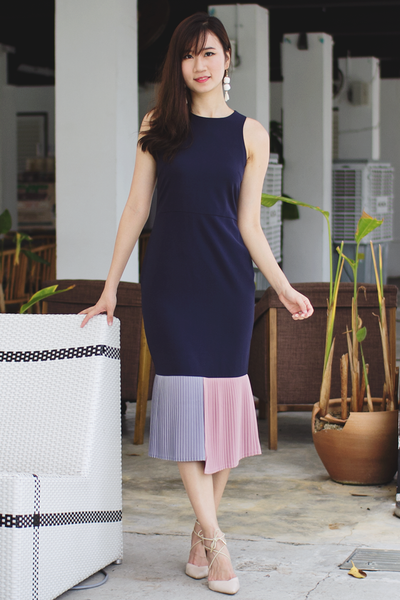 Novita Pleat Fitted Dress (Twilight)