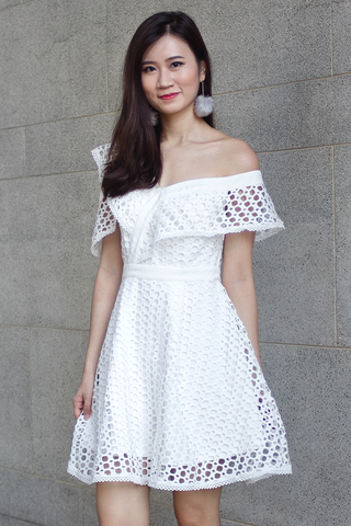 Treslle Crochet Dress (White)