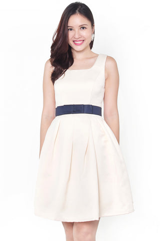 Vanasse Contrast Belt Dress (Cream)