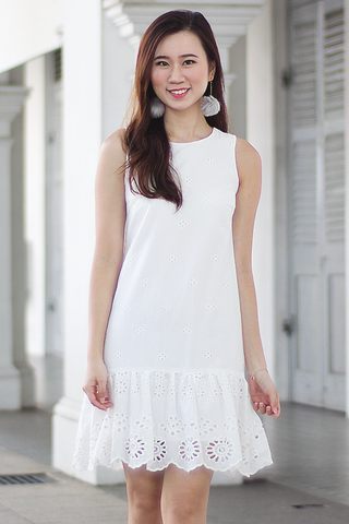 Velde Eyelet Dress (White)