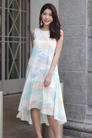Jassline Abstract Dress