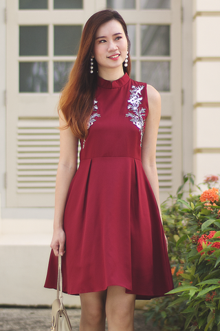 Felisie Oriental Dress (Red)