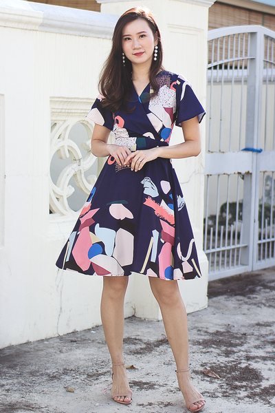 Natsie Abstract Dress (Navy)