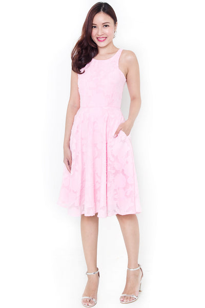 Wylenne Textured Midi Dress (Sakura)