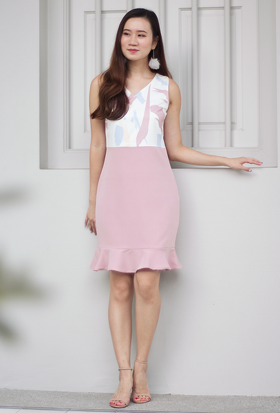 Carlaine Abstract Dress (Blush)