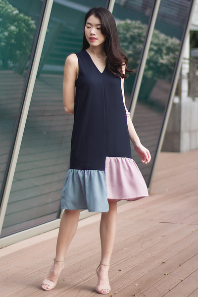 Carrisle Colourblock Dress (Navy)