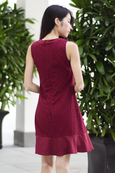 Kennedy Eyelet Dress (Wine)